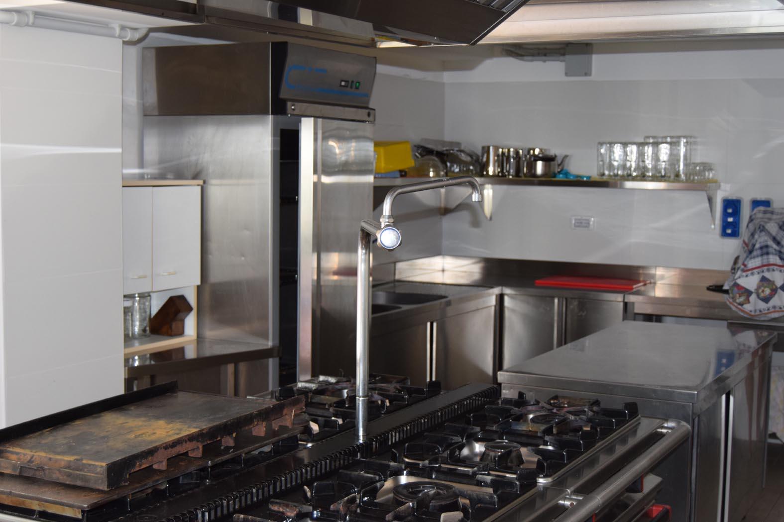 casa-domegge-cucina